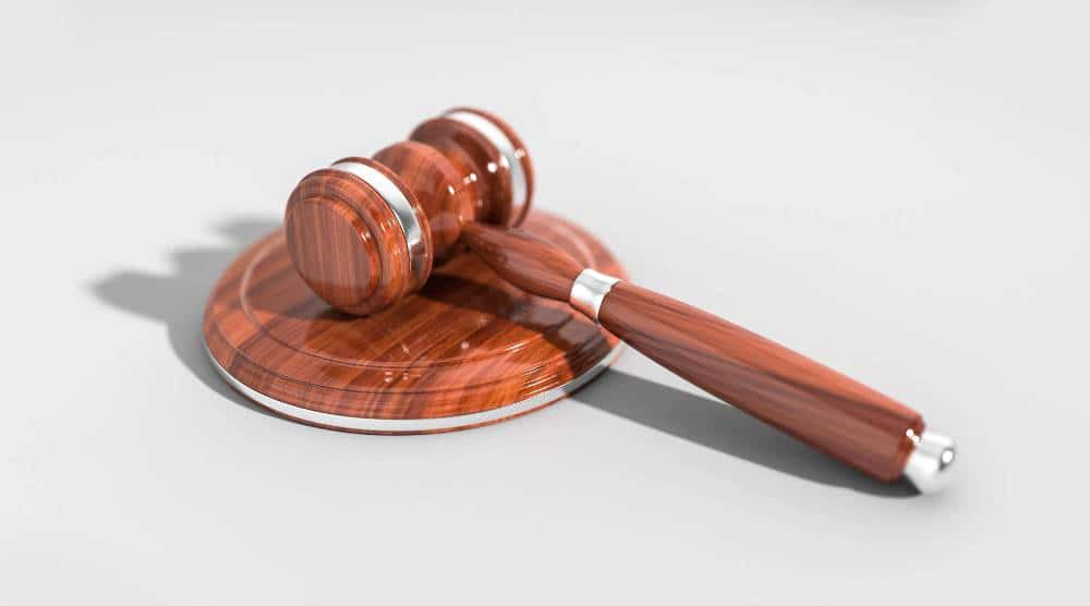 адвокат по застрахователно право